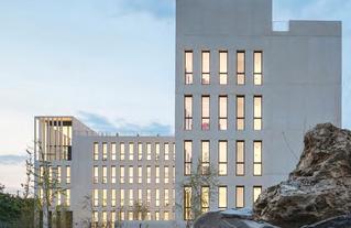 Siège social IDF Habitat à Champigny-sur-Marne, architecte Stefano SBARBATI